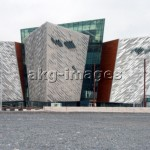 "7-S15-0070-000585 View of the ""Titanic Belfast"", 2012. © akg-images / Jürgen Sorges"