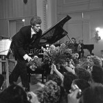 7RD-R1-RIA-597762 American pianist Van Cliburn performing in Moscow © akg-images / RIA Novosti