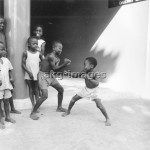 Nigerian children boxing, 1964Photo: akg-images / Paul Almasy