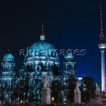 7-S13-0942-000450Berlin Dome and Alexanderplatz during the Festival of Lights, 2010akg-images / Urs Schweitzer