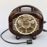 Electric fan heater, GDR, 1950s. photo: akg-images / Cordia Schlegelmilch