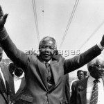 - 1990: As leader of the   ANC, Mandela calls for a peaceful resolution of the conflict between ANC and Inkatha at the Phola Park settlement  in Thokoza. -                         Photo: Graeme Williams                    photo: africanpictures / akg