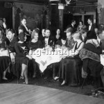 New York, the interior of the Picadilly Club. Photo, c.1925 (Max Gerlach) akg-images