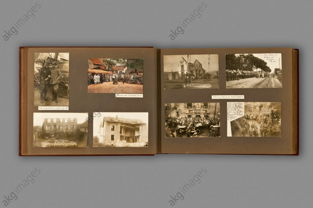 Double page from Dr Hanns Krach's photo album, ©akg-images