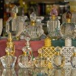 Oman, Salalah, perfume bottles in the souq. © akg-images / Rainer Hackenberg
