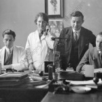 Group photo in an office, 1920s. ©akg-images